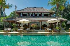 1.-Villa-Batujimbar---Pool-house