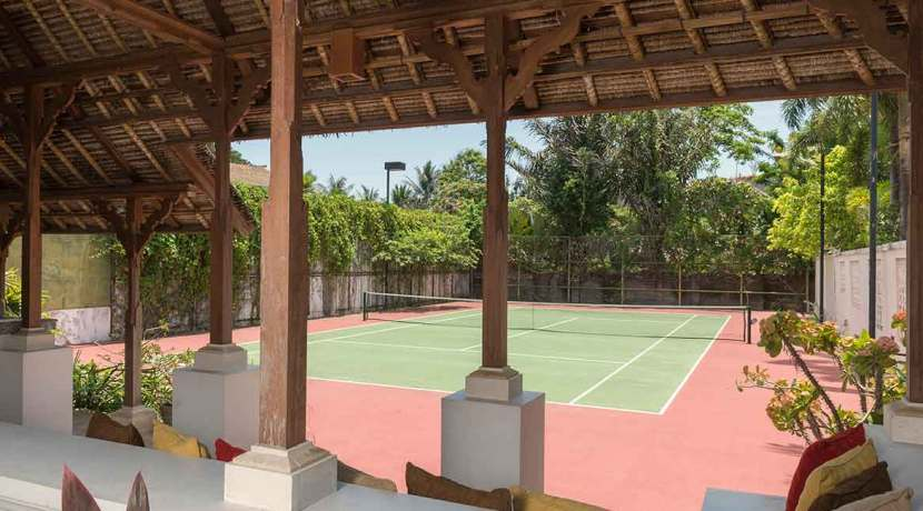 13.-Villa-Batujimbar---Tennis-court
