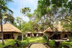 3.-Villa-Maridadi---Lush-tropical-haven