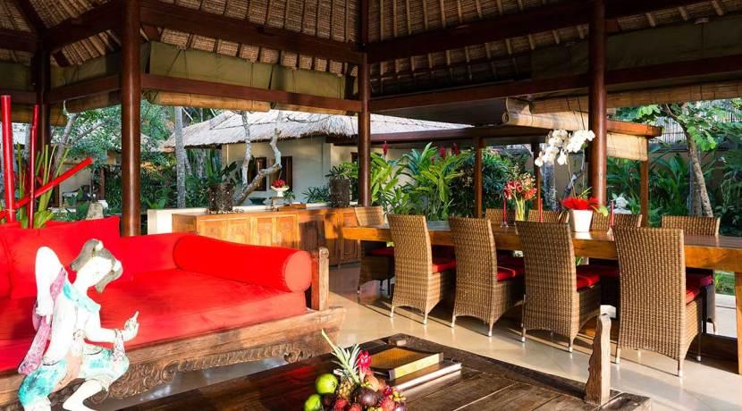 40.-Villa-Maridadi---Open-air-dining