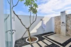 Villa Putih - Outdoor Shower