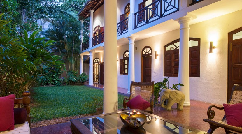 No. 39 Galle Fort Villa - Pool and Garden