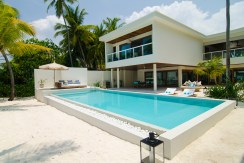 Amilla 4 Bedroom Villa Residences - Villa and Pool