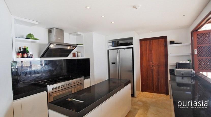 Anapuri Villas - Kitchen