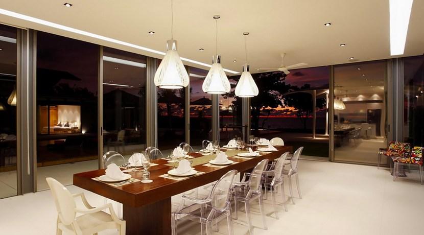 Villa Cielo - Dining area night ambience