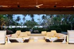 Villa Malee Sai - Open fronted living area