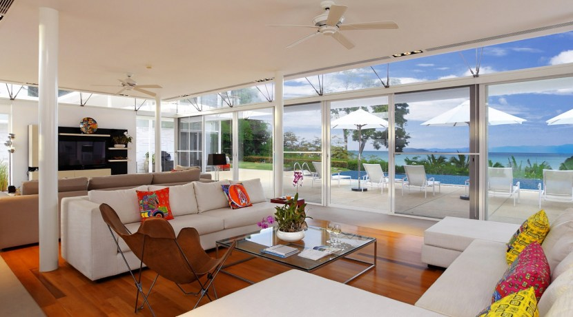 Villa Sapna - Living Room Outlook