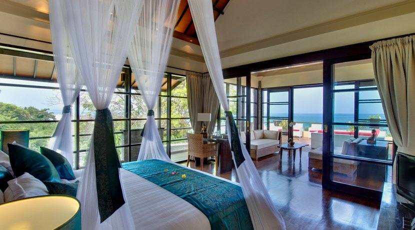 07-Villa-Lega---Ocean-view-from-master-bedroom