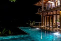 Villa Sorgas - Pool and Villa at Night