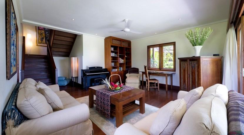 Impiana Villa Canggu - Living Room