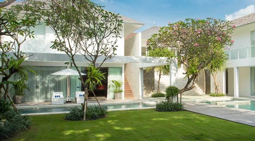 Villa-Canggu---Villa-North-and-garden