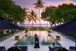 014-The-Ylang-Ylang---pool-decks