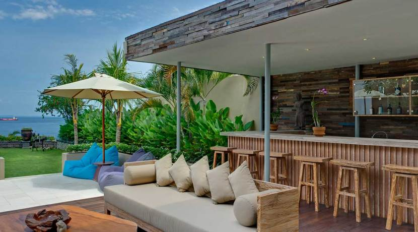 04-Villa-Asada---Poolside-bar-and-lounge