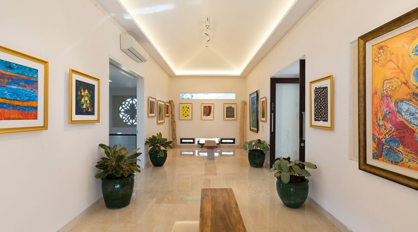 22.-Pandawa-Cliff-Estate---The-Pala---Hallway-art