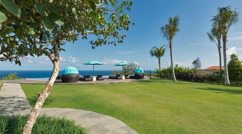 25.-Pandawa-Cliff-Estate---Villa-Rose---Garden-and-pool