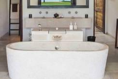 Sira-Beach-House---Master-bedroom-ensuite-bathroom