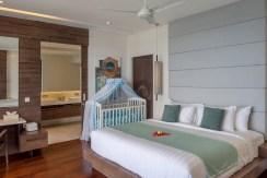 Villa Grand Cliff - Master Bedroom