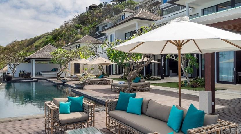 Villa Grand Cliff - Poolside Lounge