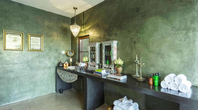 The Hermitage - Bathroom
