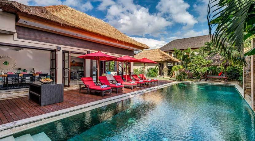 The-Residence,-Seminyak---Villa-Nilaya---The-pool-and-villa