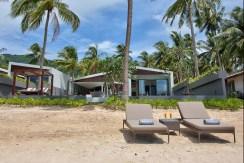 Villa Soong - Absolute Beachfront Villa
