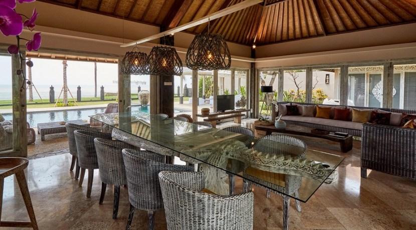 Villa Sunrise – Dining Area