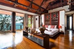 Villa Chada - Luxurious master bedroom design