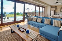 Villa Tebing - Open plan living area design
