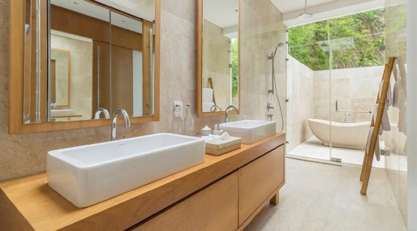 Villa Sandbar - Luxurious bathroom design