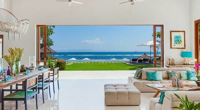 1.-Villa-Tirta-Nila---View-of-the-ocean-across-the-lounge