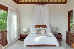 Villa-Tirta-Nila---Upstairs-bedroom-interior