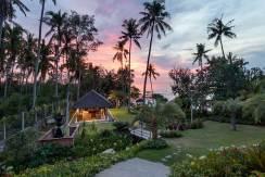Ronggo-Mayang---Garden-03