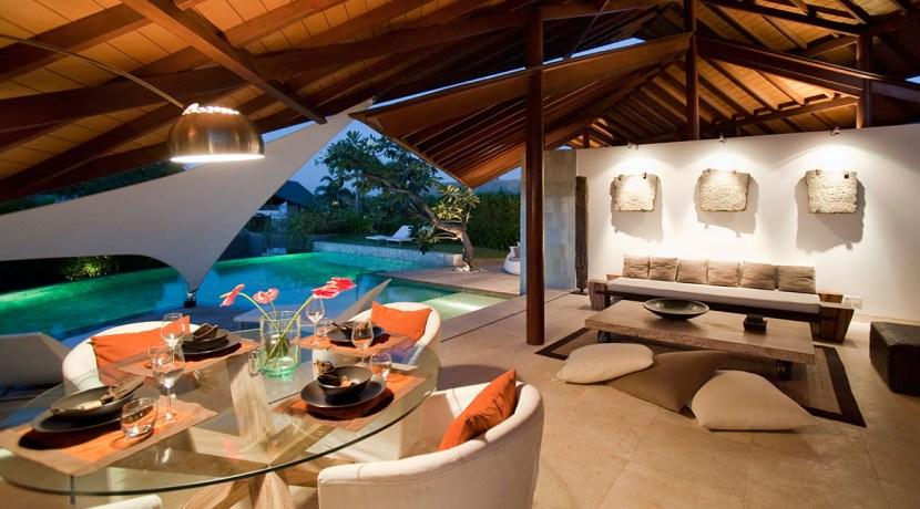 Villa Kailasha_0003_13-The Layar - Living and dining at night
