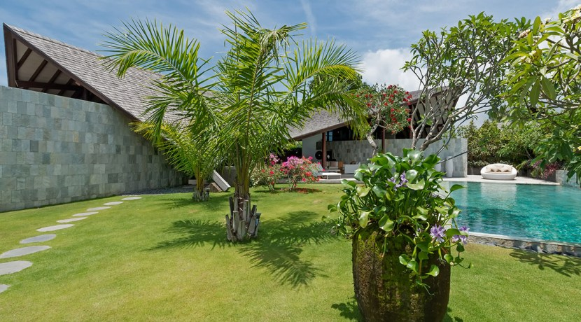 Villa Kailasha_0003_17-The Layar - 3 bedroom - The gardens