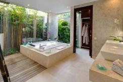 Villa Kailasha_0005_11-The Layar - 2 bedroom - Master bathroom