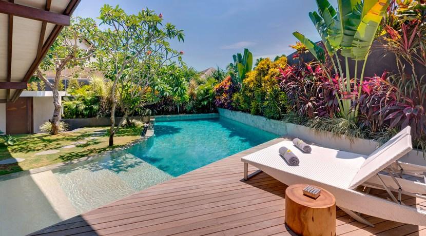 Villa Kailasha_0017_02-The Layar - 1 bedroom - Poolside