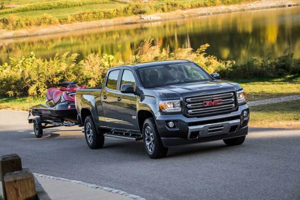 2016-GMC-Canyon-All-Terrain-Diesel-085