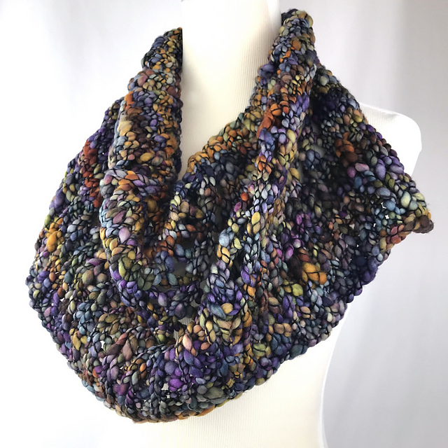Caracol Cowl pattern