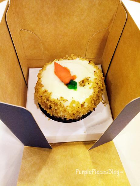 Bleu Vanilla Carrot Cupcake