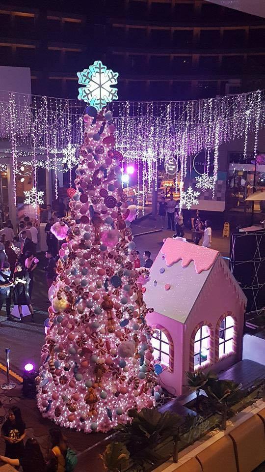 Christmas Tree Lighting Century City Mall