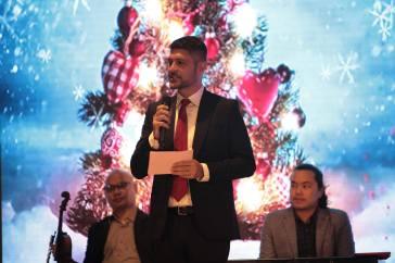 Christmas Tree Lighting Ceremony Century City Mall 2017
