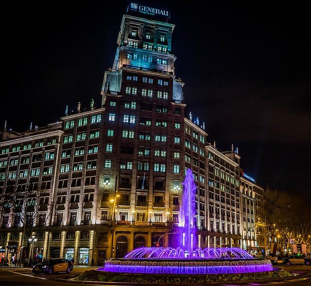 barcelona-1157572_640