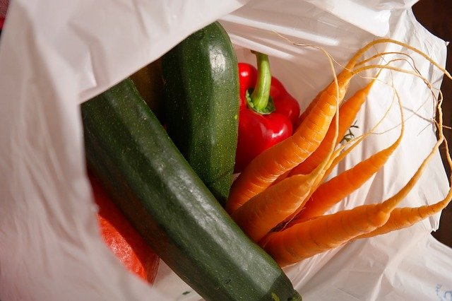 awkward-and-unusual-facts-about-vienna-grocery-bag