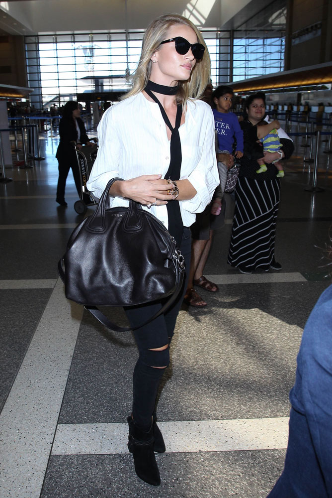 Just Cant Get Enough Rosie Huntington Whiteley And Her Brand New Givenchy Nightingale PurseBlog