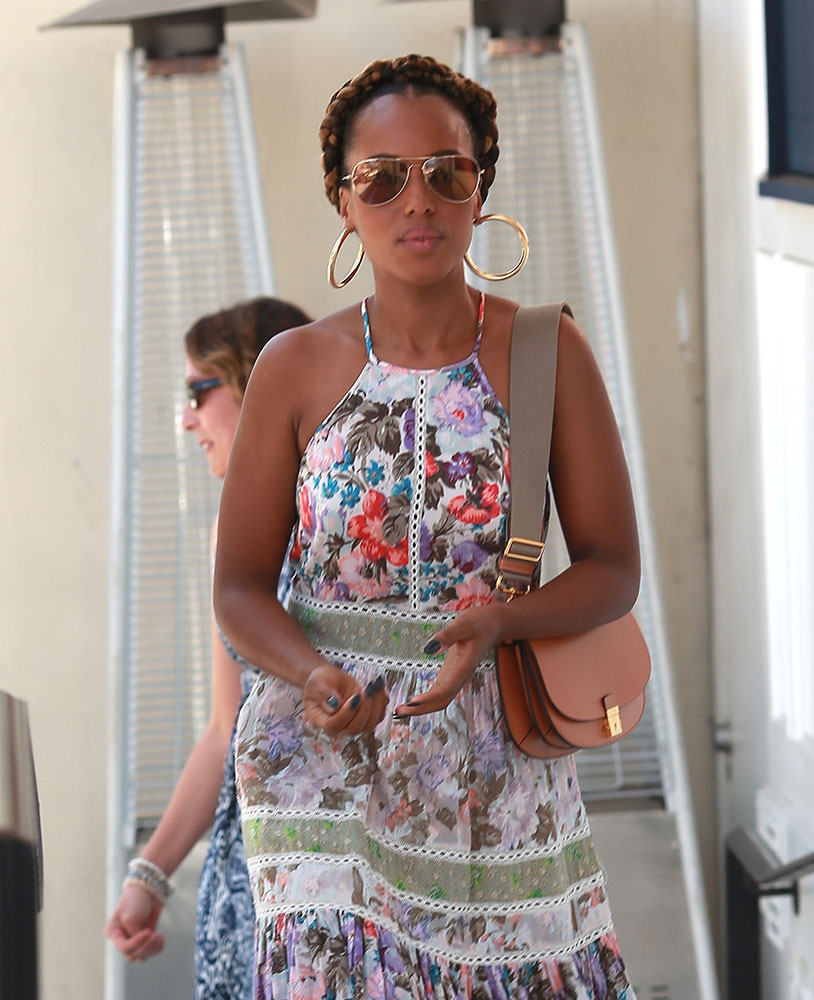 Kerry Washington Saddle Bag - WELKE DESIGNER TASSEN DRAGEN DE HOLLYWOOD STERREN Tod's, Gucci, & Saint Laurent