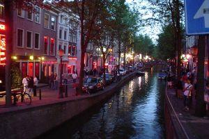 Kawasan Prostitusi di Belanda. Amsterdam red light district sore hari