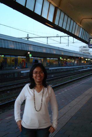Menunggu kereta ke Den Bosch
