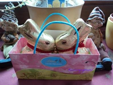 Bagus ya Bentuk Kelinci Paskah, dalamnya Coklat