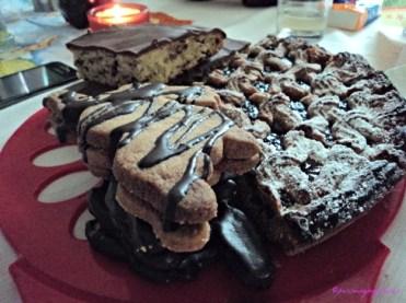 Kue-kue di hari Paskah dibuat adik ipar dan keluarga suami