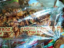 Emping Blado Manis Pedas enak. 160 g Rasa enak harganya pahit haha Rp. 32.000